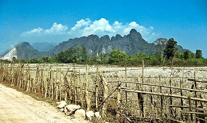Surroundings of Vang Vieng by Asienreisender