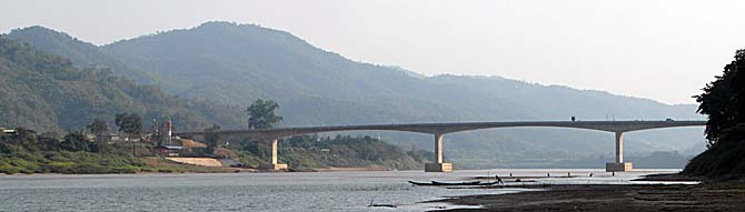 Chiang Khong - Huayxai Bridge over the Mekong River