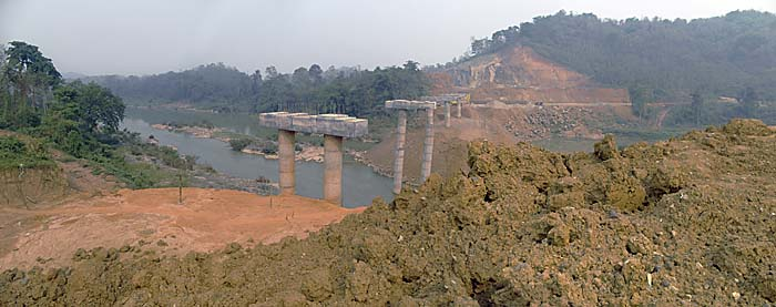 Bridge Construction over the Nam Khan River in Laos by Asienreisender