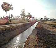 New Canal east of Kampot by Asienreisender
