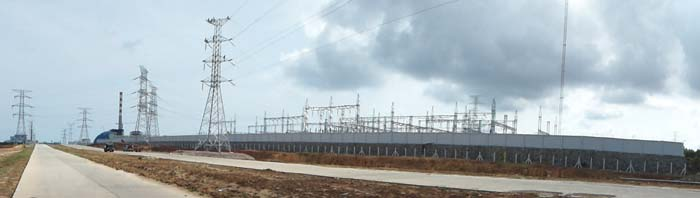 Sihanoukville's Power Plant Station by Asienreisender