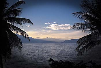 'Lake Toba' by Asienreisender