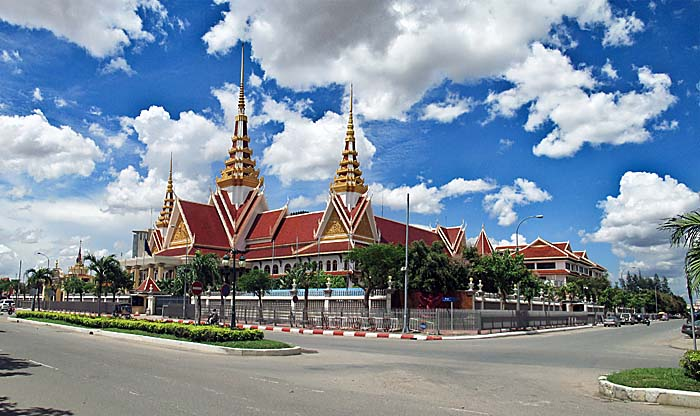 'The National Assembly of Cambodia' by Asienreisender