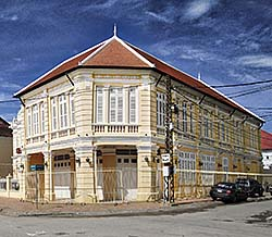 'French Colonial Building in Battambang' by Asienreisender
