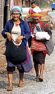 'Akha Women in Muang Sing | Laos' by Asienreisender