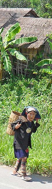 'An Akha Woman on the Road between Tha Ton and Mae Chan | Thailand' by Asienreisender
